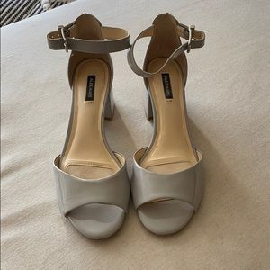 Alex Marie light gray block heels
